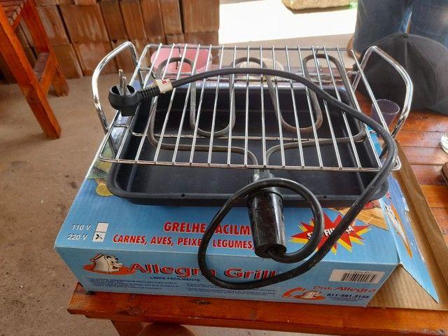 vendo uma churrasqueira eletrica nova - Foto 3