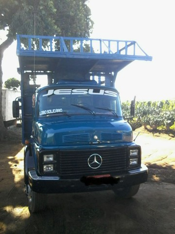 Caminhão 2217