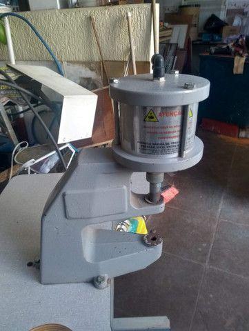 Máquina de pregar botão (botoneira) pressurizada Pressmatik - Foto 2