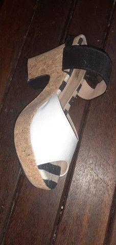 Sandália salto alto - Foto 4