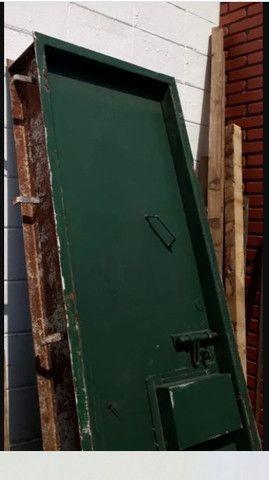 Portas Blindadas Usadas - Foto 2