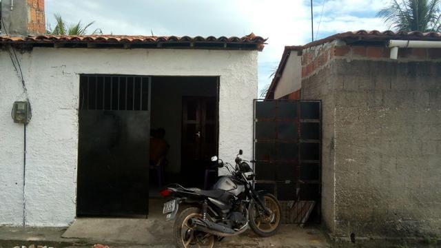 2 Casas pelo preço de Uma ( Colônia Maracanaú Prox. a Câmara )