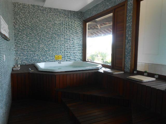 Apto 3 dorm no Grand Bali, frente mar, segurança 24 hs, lazer completo, mobiliado, ar cond - Foto 19