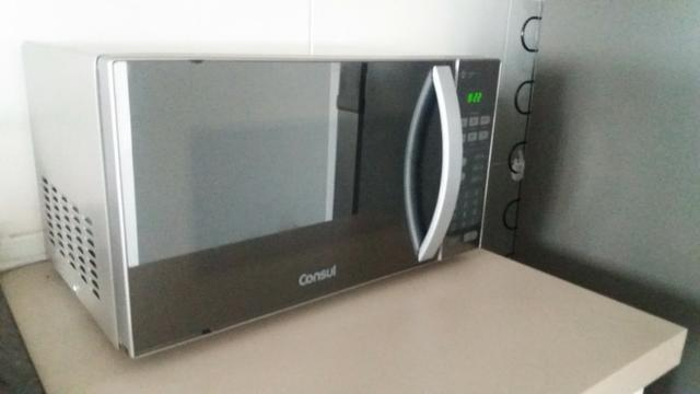 440b3b6e4 Micro-ondas Consul 20 Litros cor Inox Espelhado com Função Descongelar