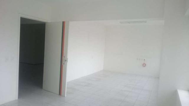 Sala Comercial para aluguel e venda. No edificio top center Com 206 m2 em Meireles - Forta - Foto 12