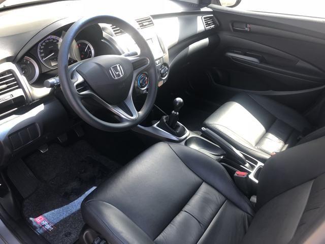 Honda City DX 1.5 cambio mecânico - 69.000 kM - Único Dono - 2013 - Foto 15