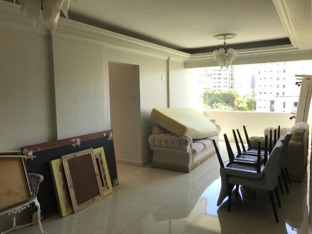 Alugo Otimo Apartamento na Av. Nazere, a principal da cidade