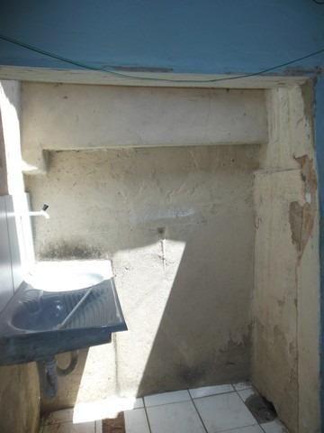 Casa com 1 Quarto para Alugar, 25 m² por R$ 400/Mês - Foto 7