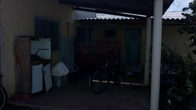 Alugo uma casa por 400,00 - Foto 2