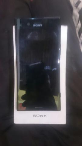 Xperia xz Premium com defeito - Foto 3