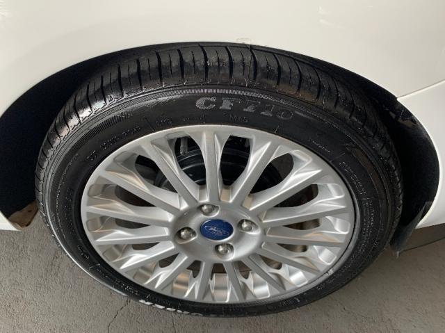 Ford Fiesta Sedan 1.6 Titanium - Automático - Foto 5