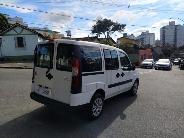 Fiat Doblò Attractive 1.4 8V (Flex) - Foto 4