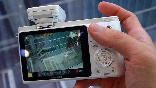 Câmera Digital Samsung Smart NX1000 - Mirroless - Foto 2