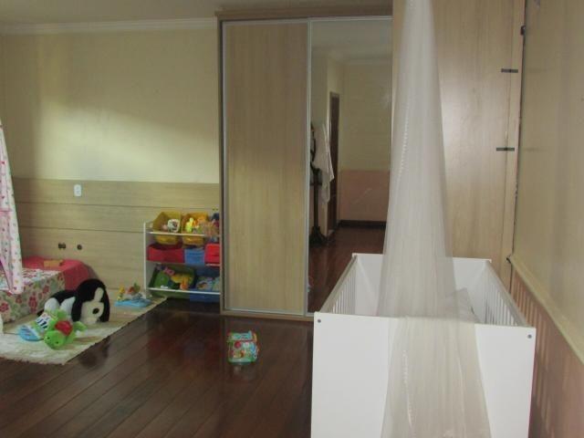 Casa em lote de mais de 1000 m2 - Foto 14