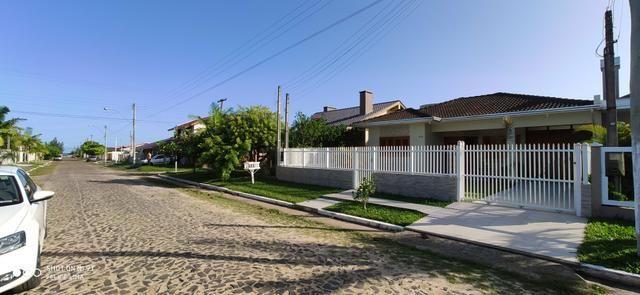 Casa 4 dormitórios próximo ao mar - Foto 15