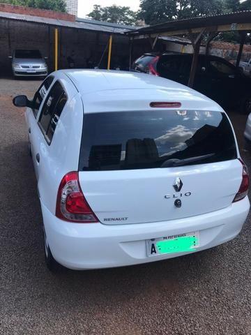 Renault Clio Expression 1.0 16V (Flex) 2014 - Foto 2