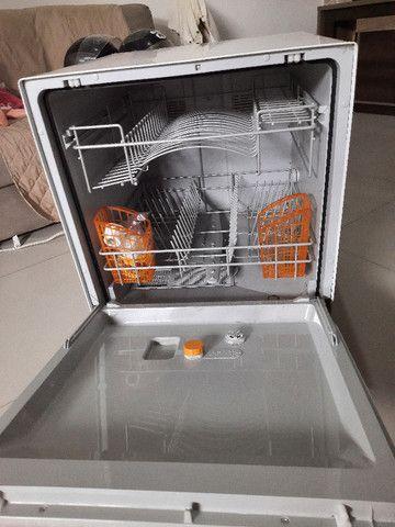 Lava-Louças Brastemp Clean 6 Serviços - BLF06AB Branco