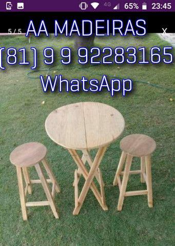 Mesas e cadeiras de madeira - Foto 2