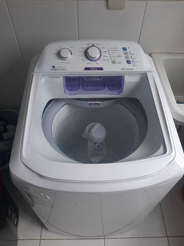 Máquina de lavar roupas Eletrolux 10,5kg Semi Nova 110V. Modelo LAC11 - Foto 4