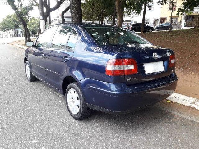 Polo Sedan 1.6 gasolina 2003 - Foto 4
