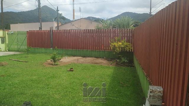 Residência com amplo terreno no Bom retiro - Foto 4