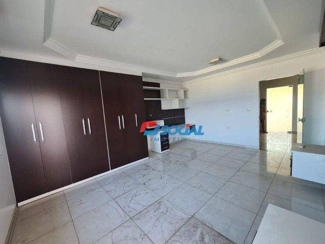 Sobrado com 5 dormitórios à venda, 300 m² por R$ 950.000,00 - Nossa Senhora das Graças - P - Foto 11