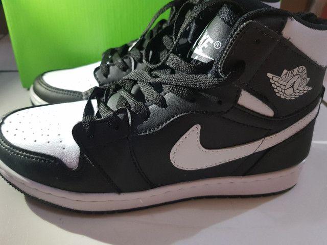 Boto Nike Jordan  - Foto 2
