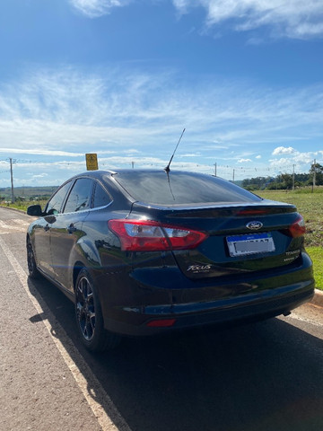 Ford Focus Teto Solar 2.0 Titanium Plus Sedan 16V Flex 4P PowerShift - Foto 4