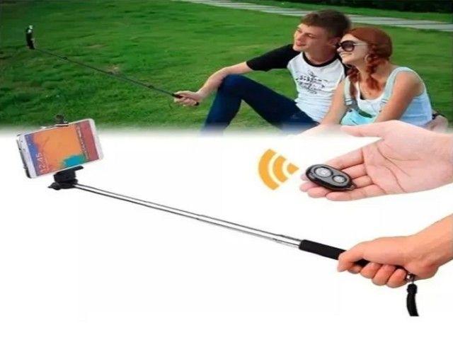 Bastão Pau de Selfie Monopod c/ Controle Remoto Bluetooth Branco - Foto 2