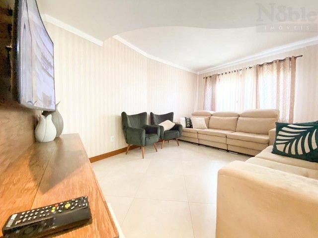 Excelente casa de 03 dormitórios no Centro de Torres/RS - Foto 5