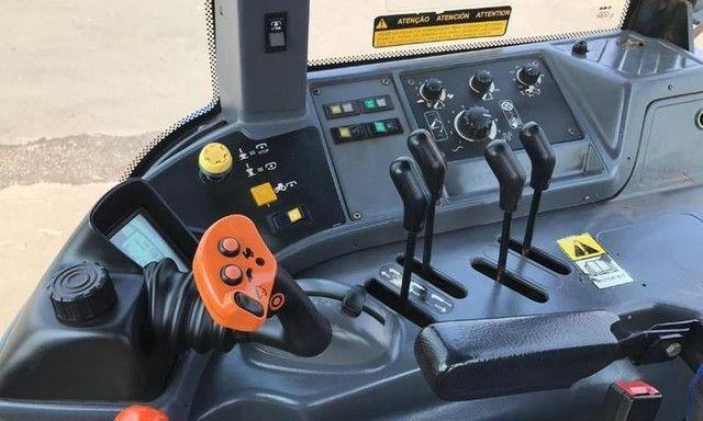 Trator New Holland TM 7040 4x4 - Foto 4