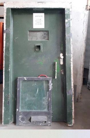Portas Blindadas Usadas - Foto 3