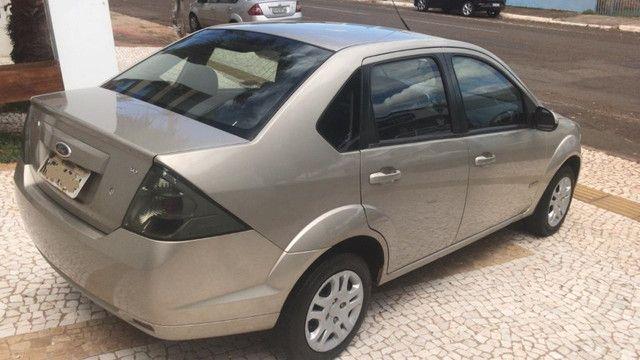 Fiesta Sedan 1.6 completo 2013 - Foto 4