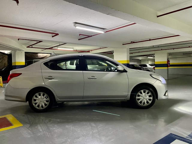 Nissan versa 1.0 manual 2016 39,900 - Foto 2