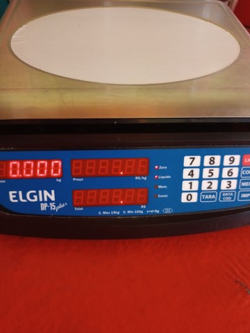 Vende-se Balança Digital Elgin plus 15kg (nova)