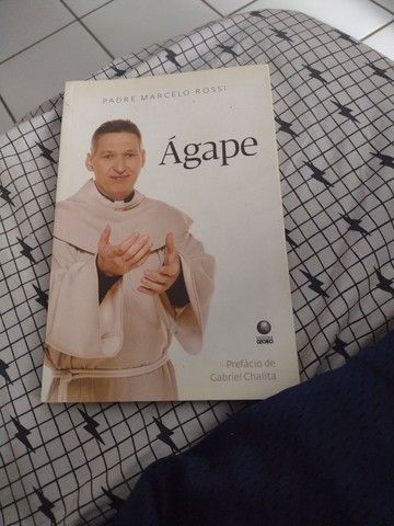Livro Ágape do padre Marcelo Rossi