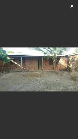 Vendo essa casa localizada no bairro Amazonas