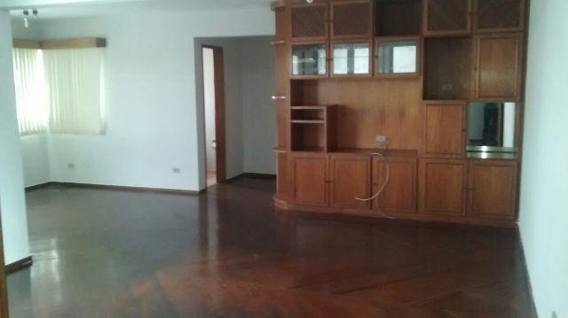 Apartamento de 03 quartos no Setor Oeste