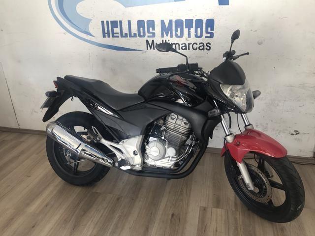Honda cb 300 2011 aceito moto Fin 48 x aceito cartão até 12 x 1.6% ao mês - Foto 2
