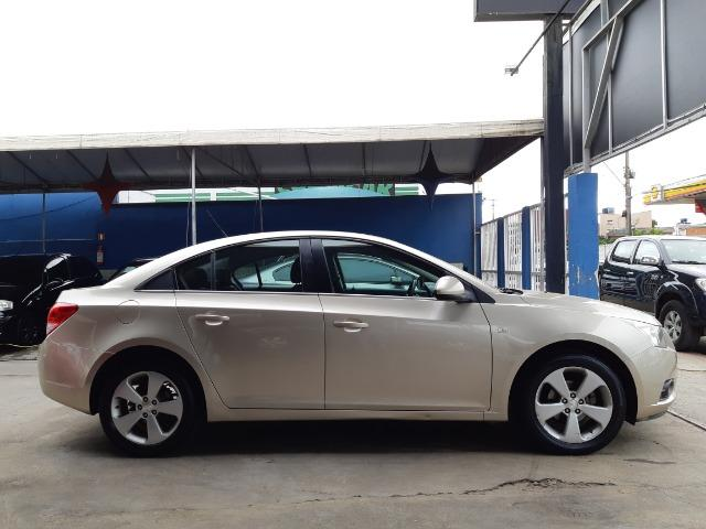 GM - Cruze sedan LT 1.8 Aut. 2013 - Foto 8