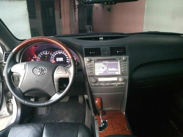 Vendo Toyota Camry completo com gnv 5 geração - Foto 7