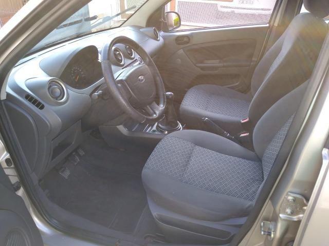 Ford Fiesta Sedan 1.6 Flex 4p - Foto 12