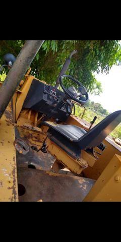 Retroescavadeira 580 H - Foto 2