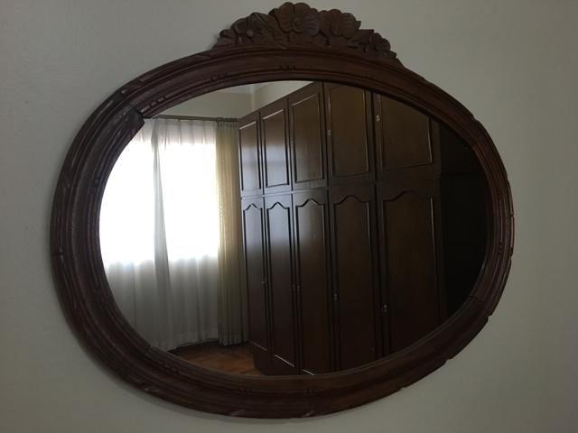 Espelho em madeira maciça ANTIGUIDADE - Foto 2