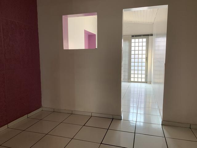Aluga-se ou vende-se casa/comercial bairro Baú - Foto 3