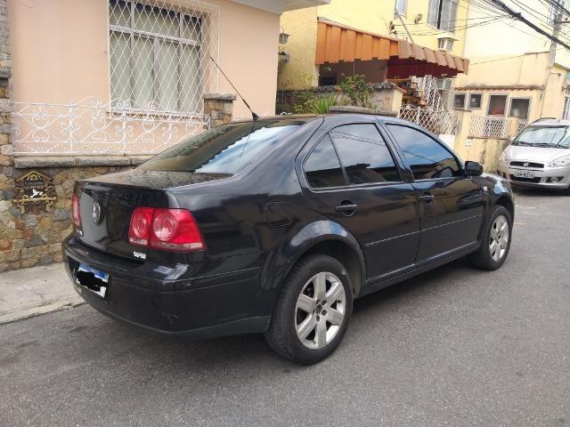 Vw Bora + Gnv 5º ger. Troco e financio Aceito Carro ou Moto Maior ou menor valor - Foto 5