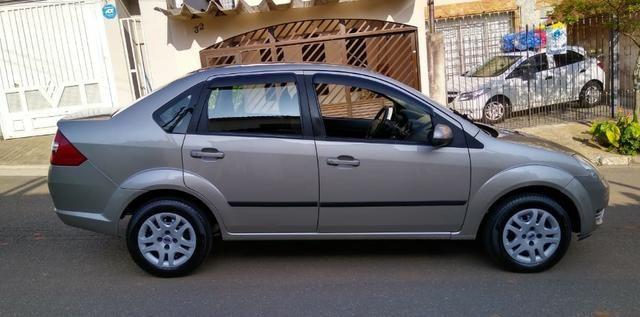Ford Fiesta Sedan 1.6 Flex 4p - Foto 6