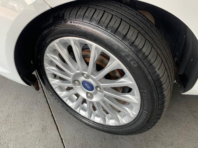 Ford Fiesta Sedan 1.6 Titanium - Automático - Foto 4