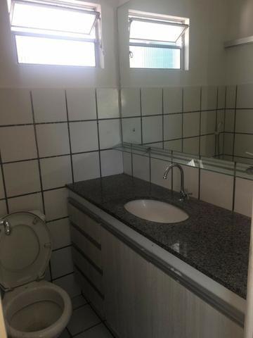 Apartamento todo reformado no Bairro Monte Castelo - Foto 11