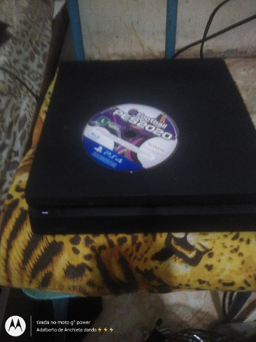 Vendo PS4 em perfeitas condições  - Foto 6